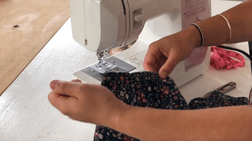 How To Sew Ruffles For Beginners pulling gathering