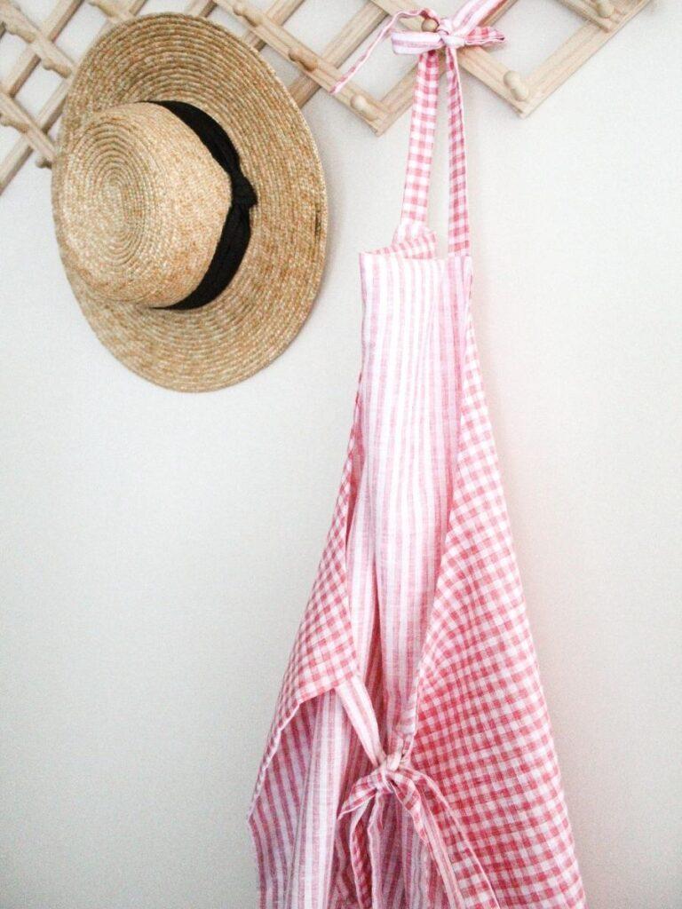 free apron pattern by makyla creates