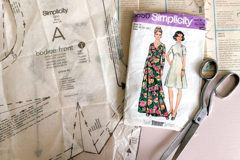 how to make a diy shirred puff sleeve dress with makyla creates