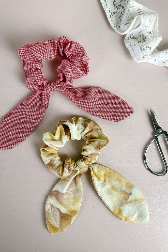 How to Make Your Own Scrunchies bow tie scrunchies