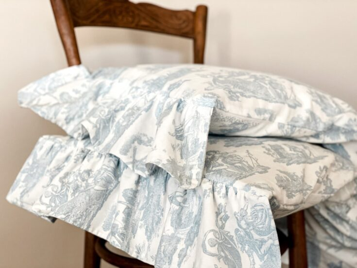 How to Sew a Pillowcase with Ruffles