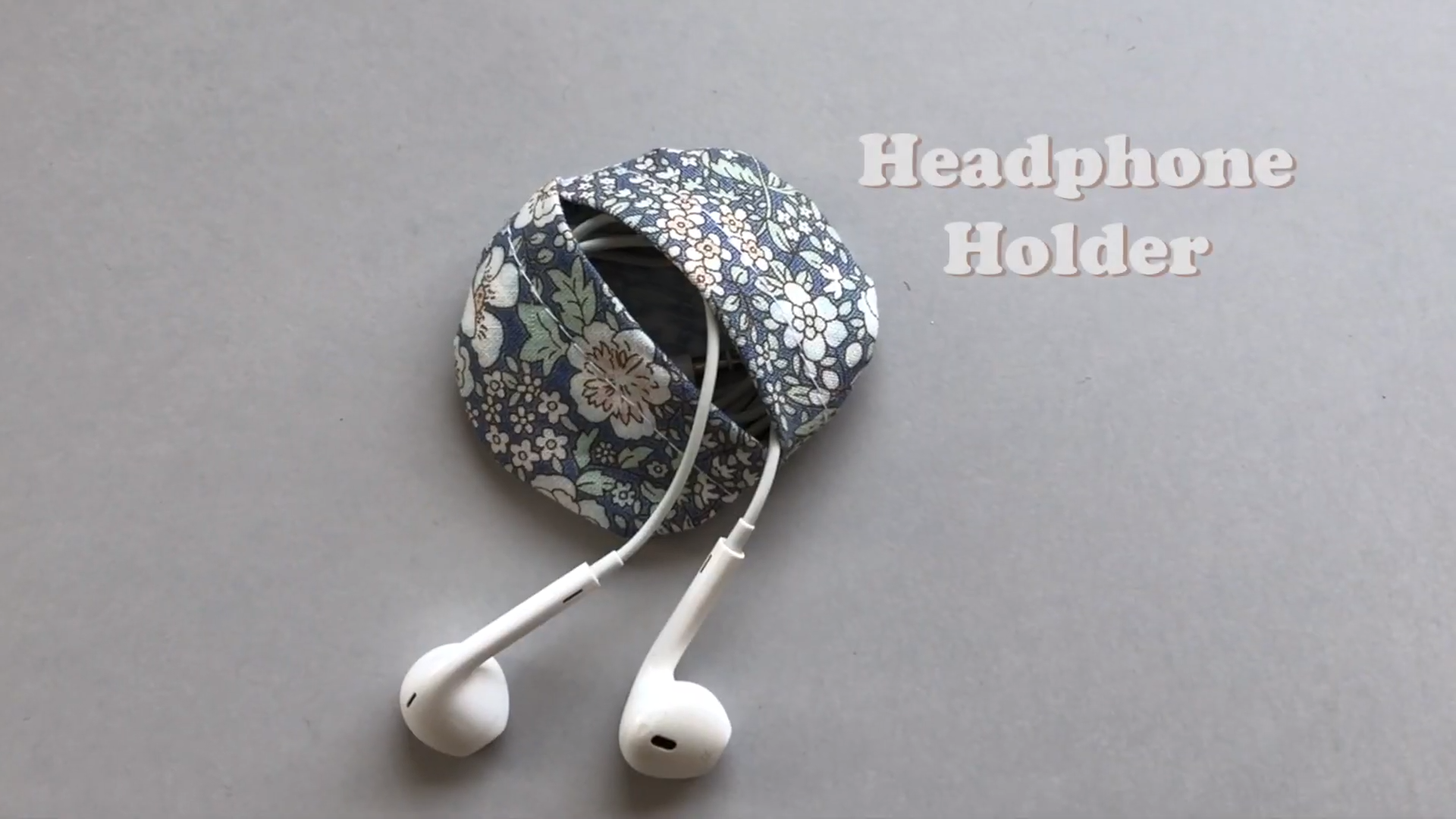 5 sewing projects to make in under 10 minutes  headphone case
