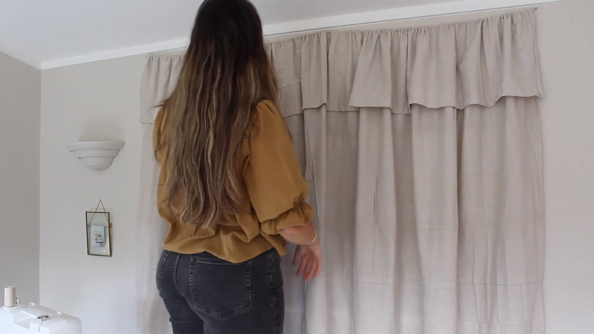 hanging up curtain