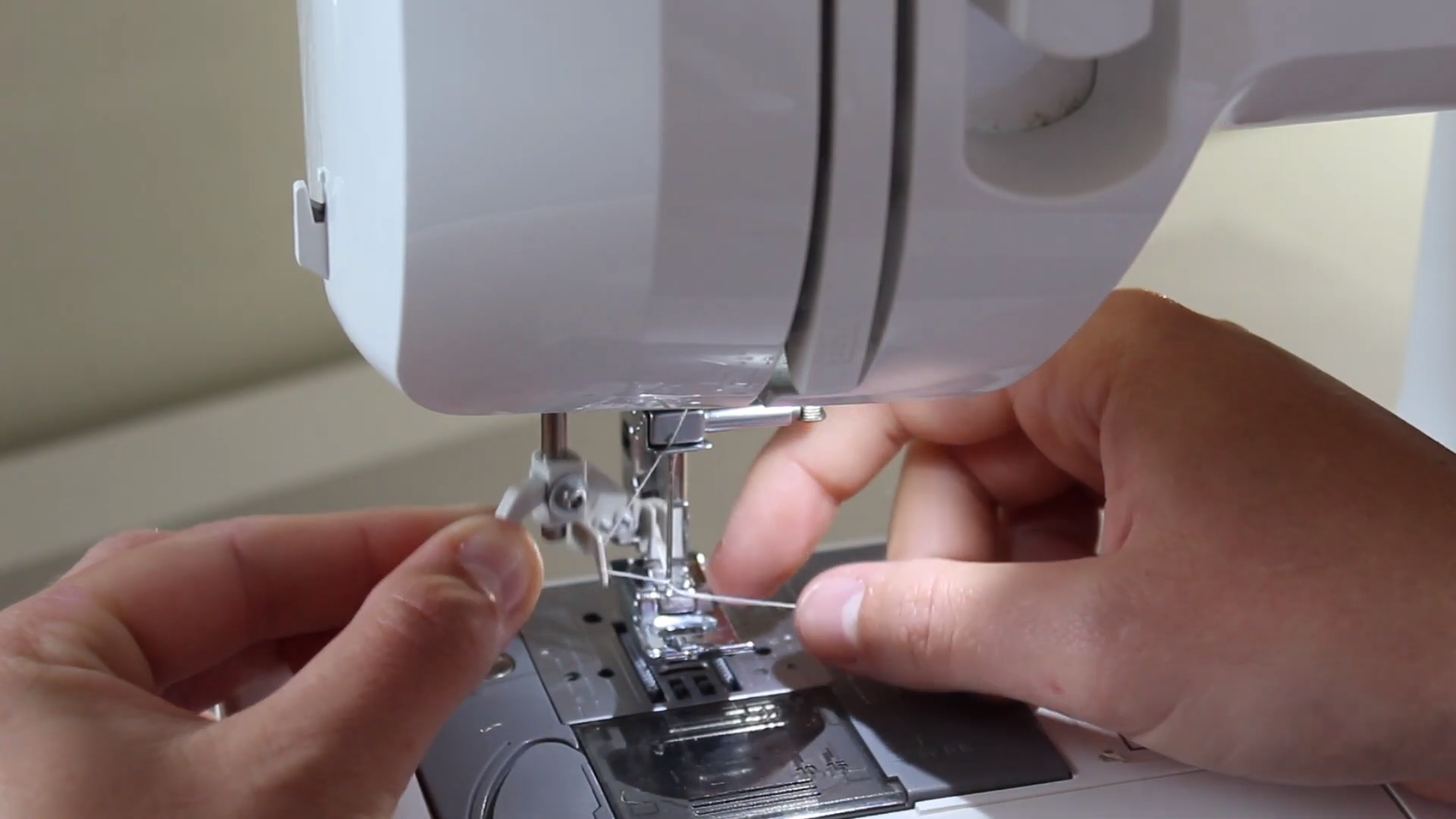 how to thread up a domestic sewing machine